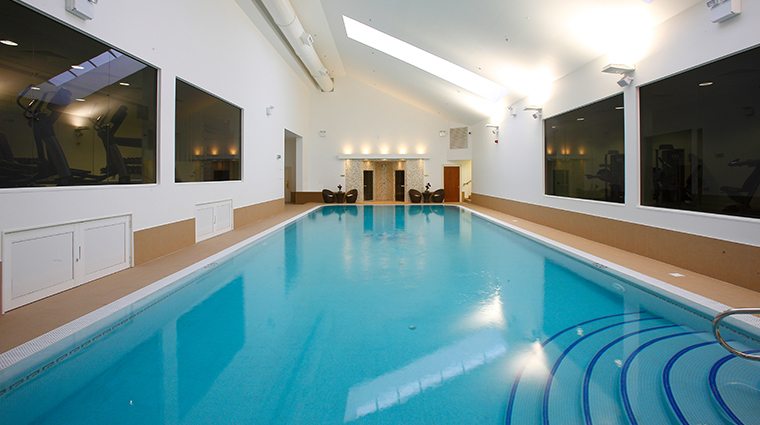 the shelbourne dublin a renaissance hotel swimming pool