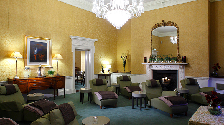 the shelbourne dublin a renaissance hotel spa relaxation room