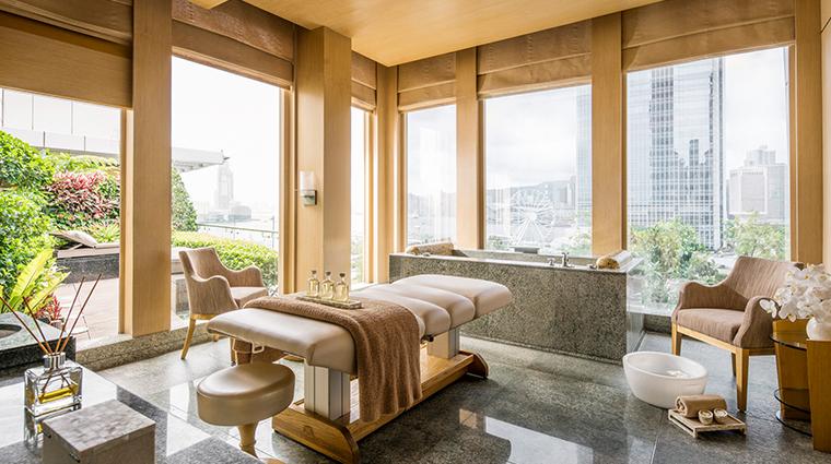 the spa at four seasons hong kong massage room