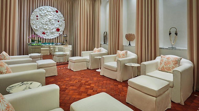 the spa at four seasons hotel bahrain bay waiting room