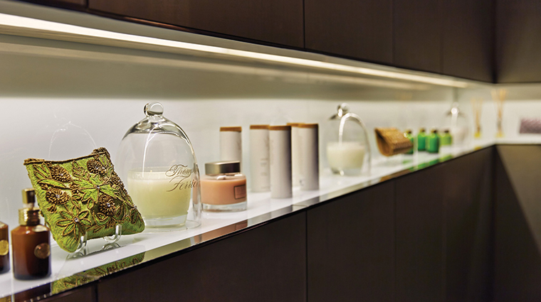the spa at four seasons hotel toronto details