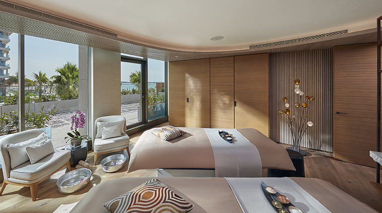 the spa at mandarin oriental jumeira dubai vip suite