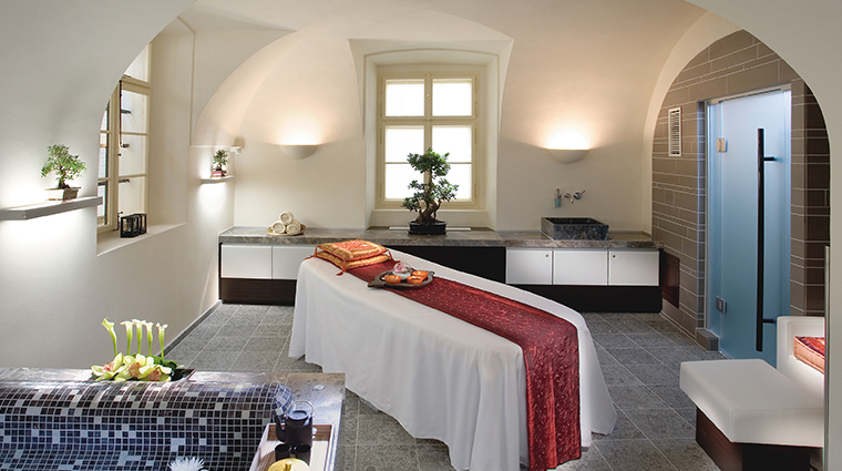 the spa at mandarin oriental prague vitality suite