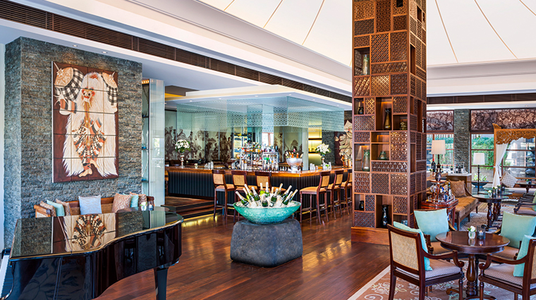 the st regis bali resort new bar and lounge