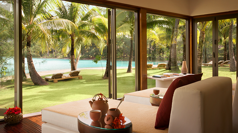 the st regis bora bora miri miri spa