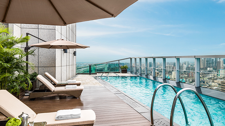 the st regis chengdu Presidential suite pool
