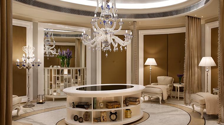 the st regis dubai iridium ladies lounge