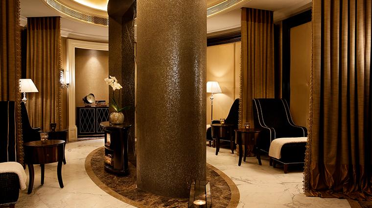 the st regis dubai iridium male lounge