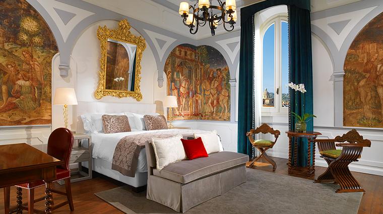 The St Regis Florence premium deluxe arno