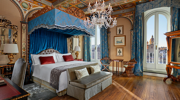 The St Regis Florence royal suite
