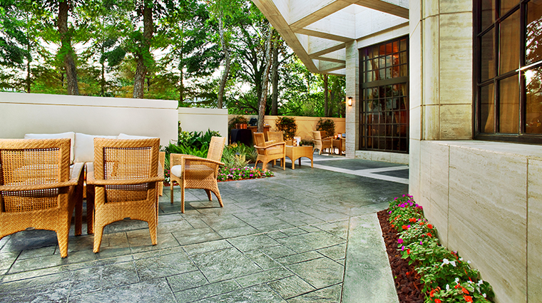 the st regis houston Verandah1919 Patio