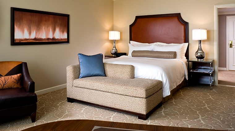 the st regis houston guestroom
