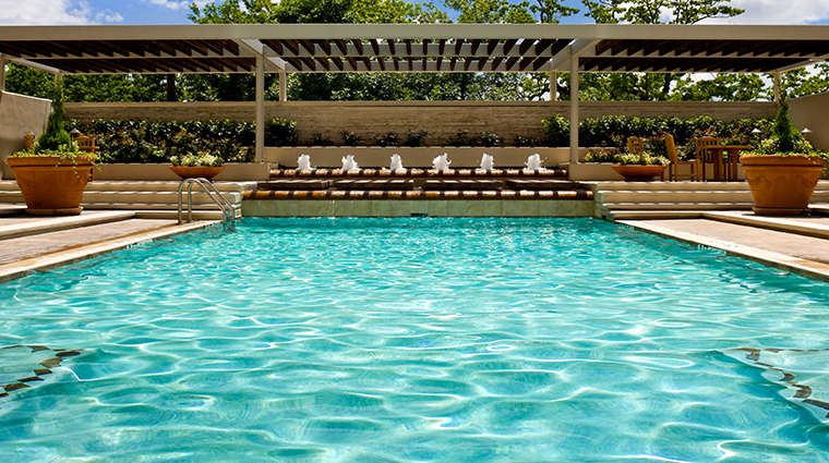 the st regis houston pool