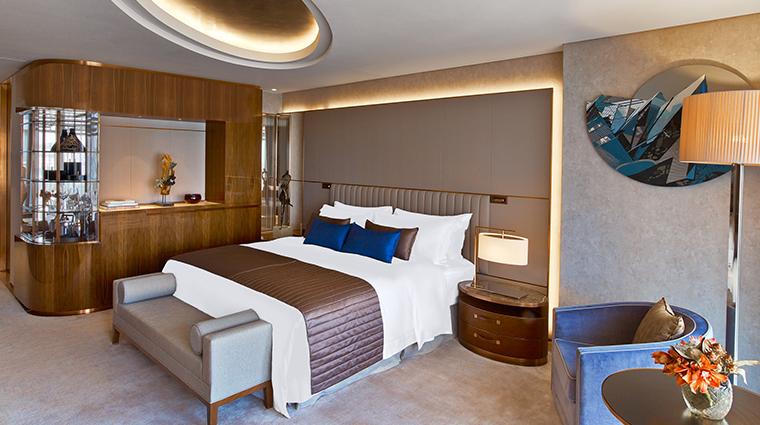 the st regis istanbul deluxe room