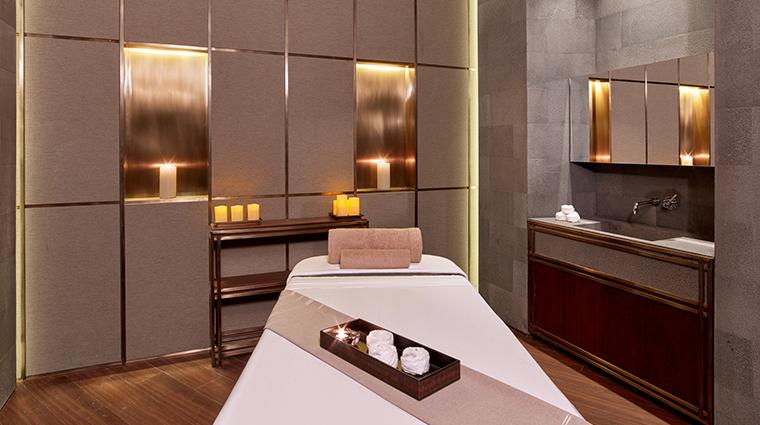 the st regis istanbul iridium spa treatment room