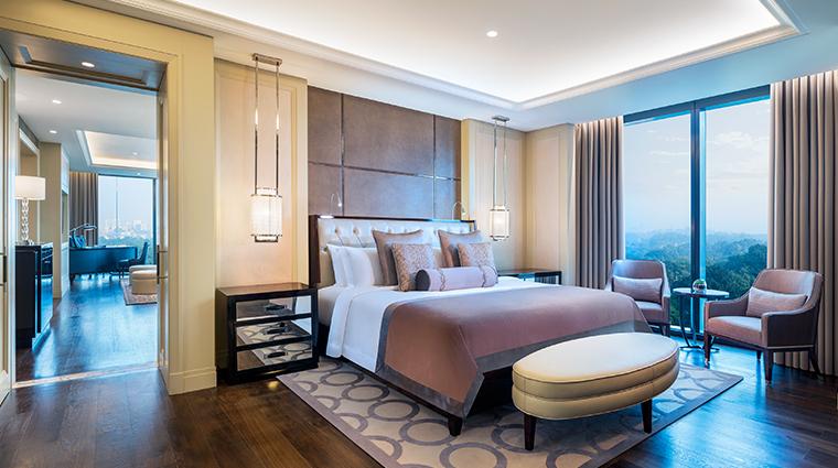 the st regis kuala lumpur John Jaboc Astor suite bedroom