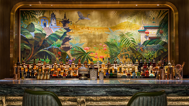 the st regis macao cotai central bar mural