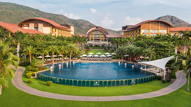 the st regis sanya yalong bay resort central pool