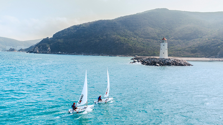the st regis sanya yalong bay resort sailing