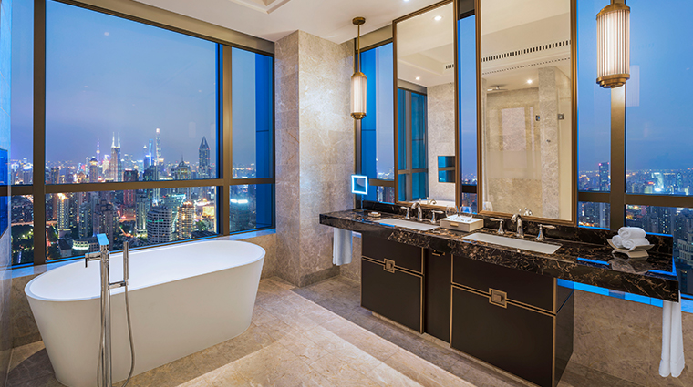 the st regis shanghai jingan premier corner deluxe bath