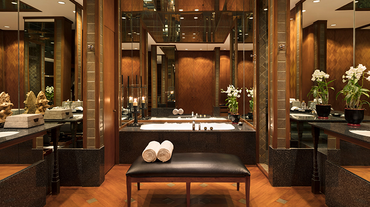 the sukhothai bangkok garden suite bathroom