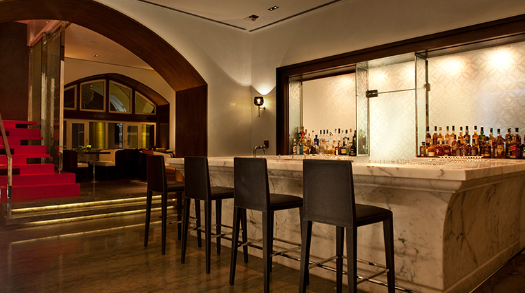 the taj mahal palace Harbour Bar