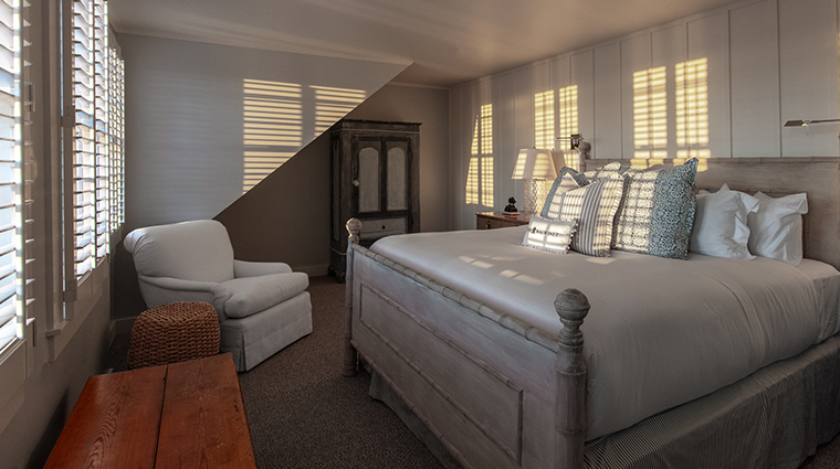 the wauwinet guest room