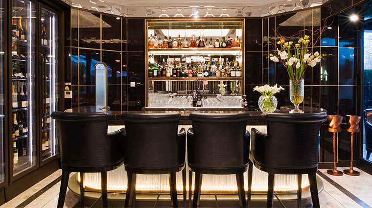 the wellesley knightsbridge a luxury collection hotel crystal bar seating