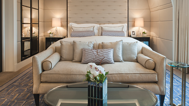 the wellesley knightsbridge a luxury collection hotel junior suite bed and couch