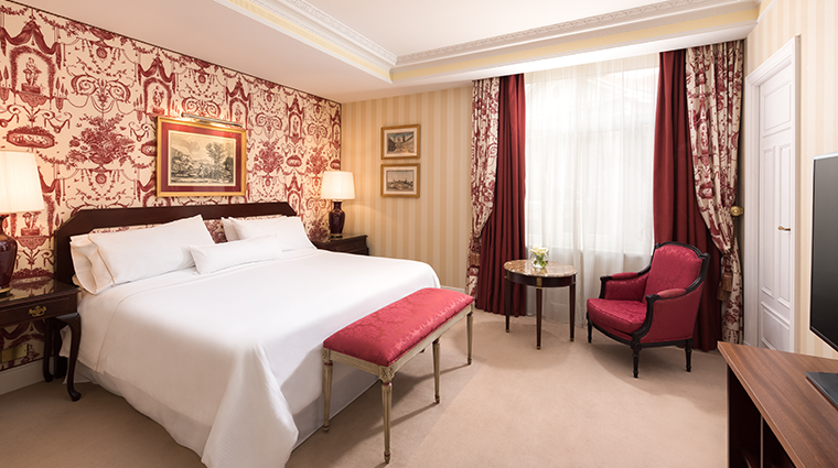 the westin palace madrid classic executive suite bedroom