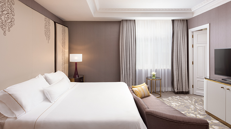 the westin palace madrid executive suite bedroom
