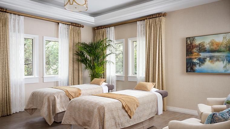 trellis spa couples treatment room