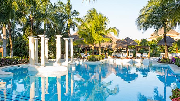 trs yucatan hotel pool2