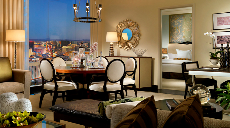 trump international hotel las vegas penthouse dining space