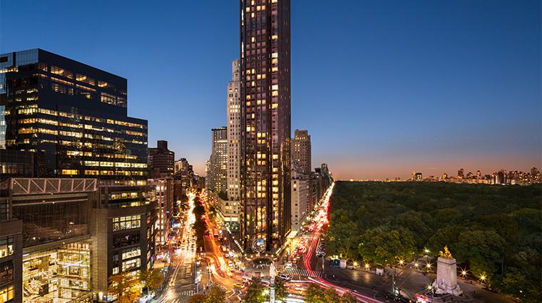 trump international hotel tower new york exterior