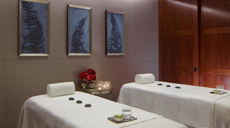 trump international hotel tower new york spa treatment room