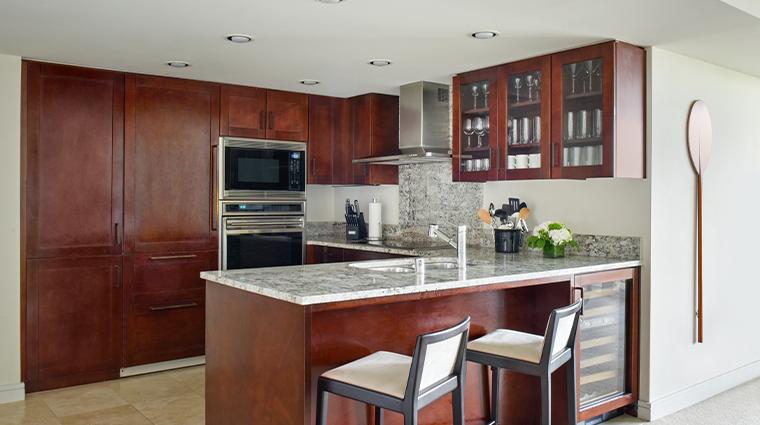 trump international hotel waikiki suite kitchen