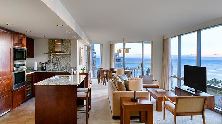 trump international hotel waikiki suite living and dining space