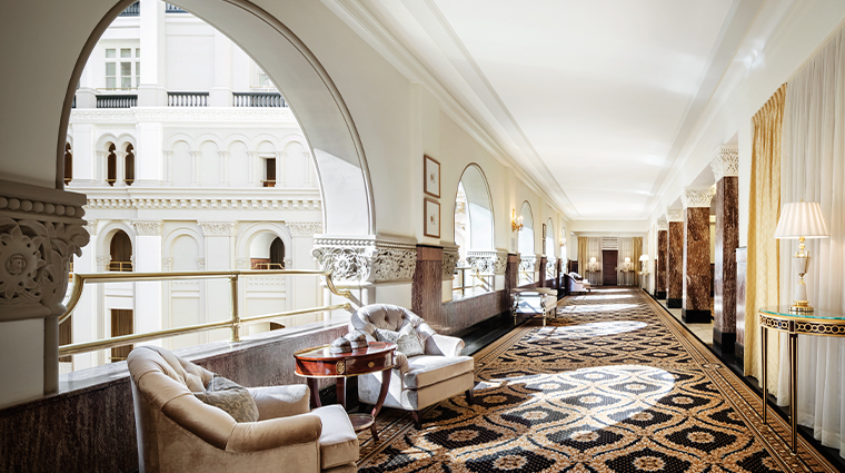 trump international hotel washington dc hallway