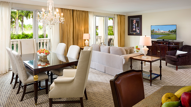 trump national doral miami suite living space