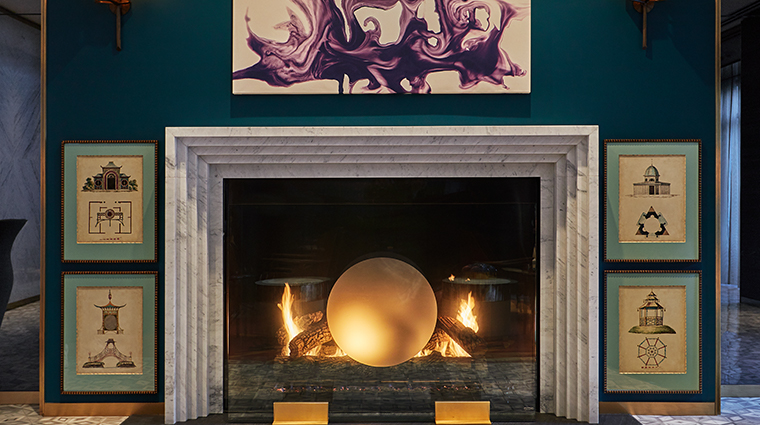 viceroy chicago lobby fireplace