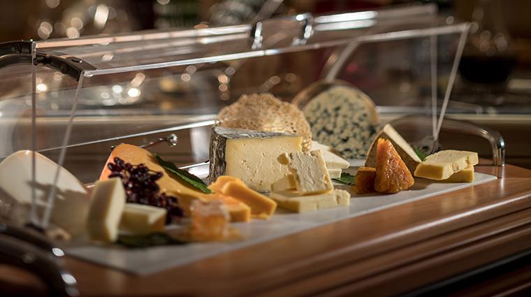 victoria alberts cheese cart