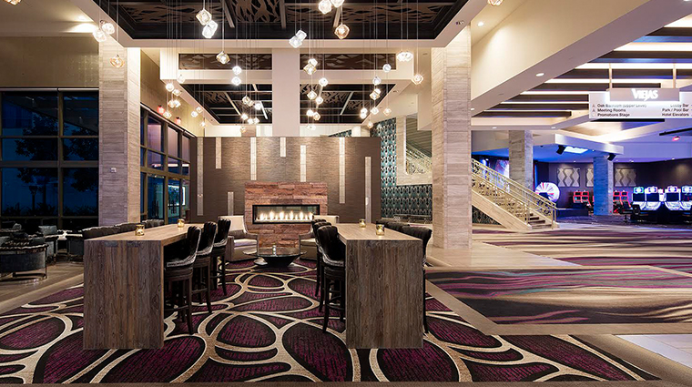viejas casino resort lobby bar