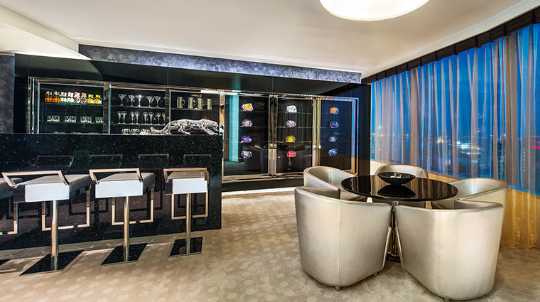 W Bangkok wow suite bar