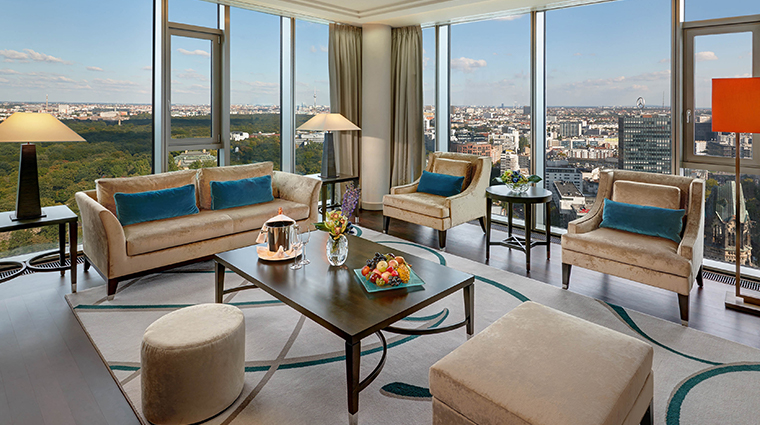 waldorf astoria berlin tower suite living room