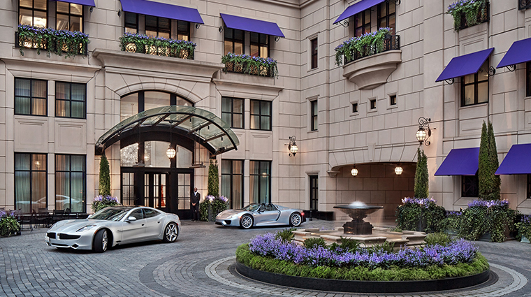 waldorf astoria chicago courtyard