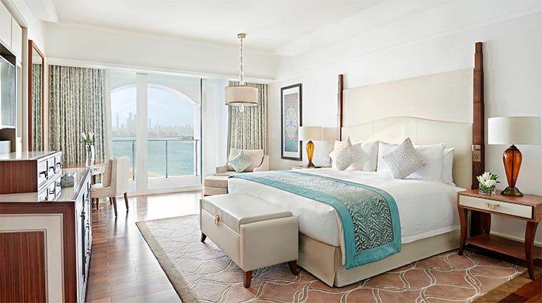waldorf astoria dubai palm jumeirah deluxe suite bedroom