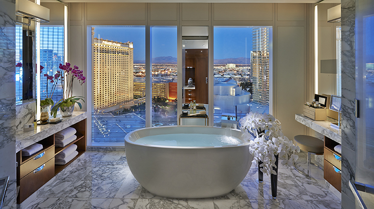 Have A Suite Stay On The Strip