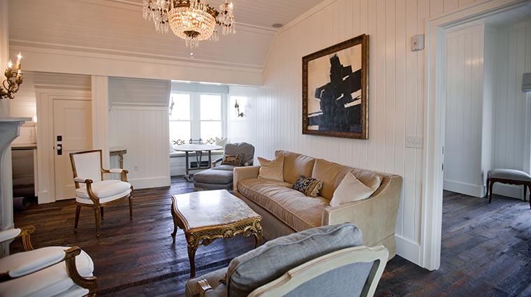 washington school house penthouse suite living room