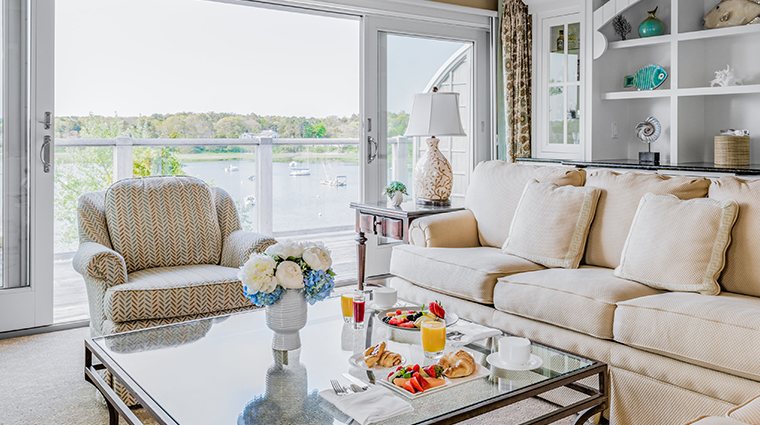 wequassett resort and golf club round cove suite
